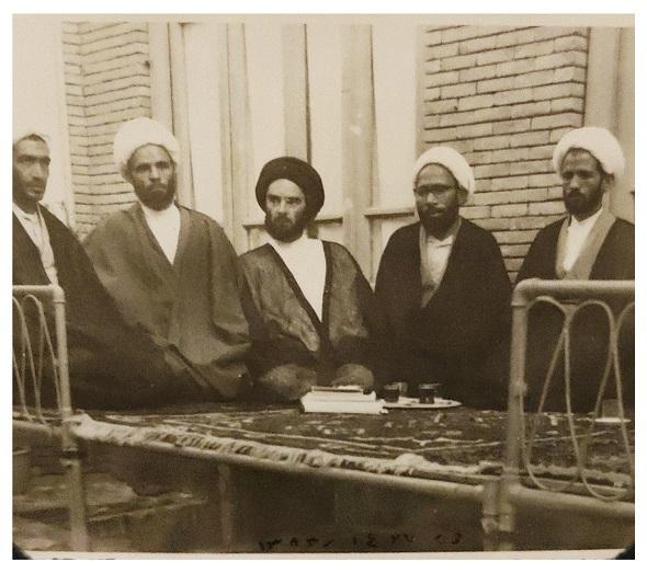 خلیل قبله ای خویی، مرحوم سید جعفر مرقاتی خویی به همراه برخی از علما شهرستان خوی سال 1342 شمسی