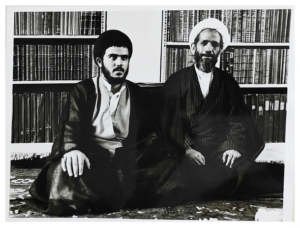 مرحوم خلیل قبله ای خویی به همراه شهید سید محمدتقی خویی